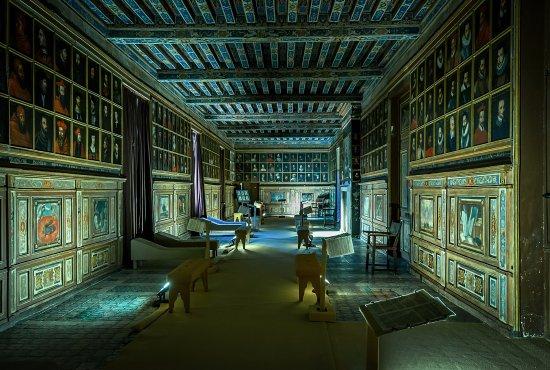Cellettes, França: La Fabuleuse Galerie des Illustres.