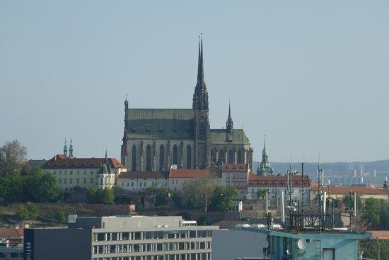 Brno, Republik Ceko: Widok na katedrę