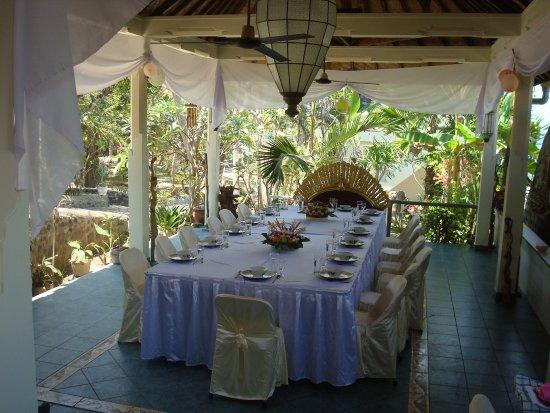 Villa Arjuna: Wedding dinner table at our restaurant