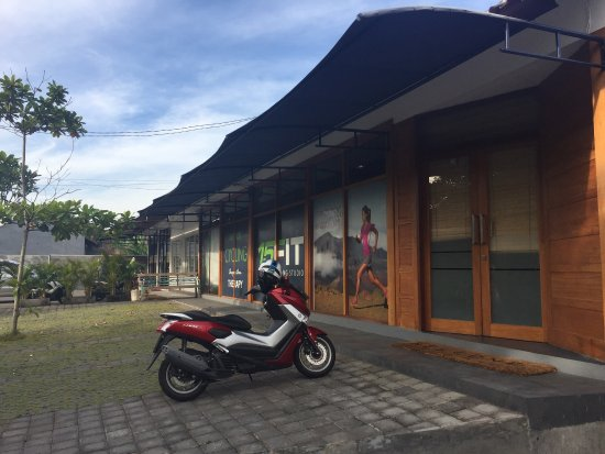 Kerobokan, Indonesia: The 15FIT Bali Fitness Training Studio, located in a relaxed residential and green belt area of
