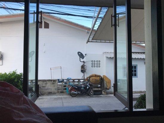 G.House: photo0.jpg