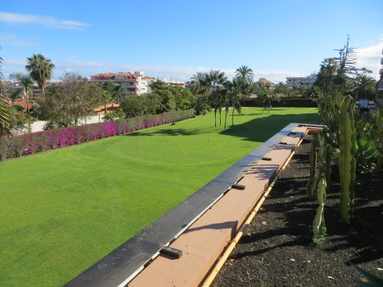 putting green photo de hotel botanico the oriental spa garden puerto de la cruz tripadvisor. Black Bedroom Furniture Sets. Home Design Ideas