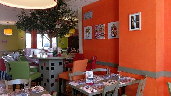 Ba la pizza troyes 42 avenue chomedey de maisonneuve - Restaurant la table de francois troyes ...