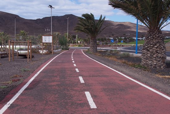 Tuineje, España: Radweg von der Anlage abgehend