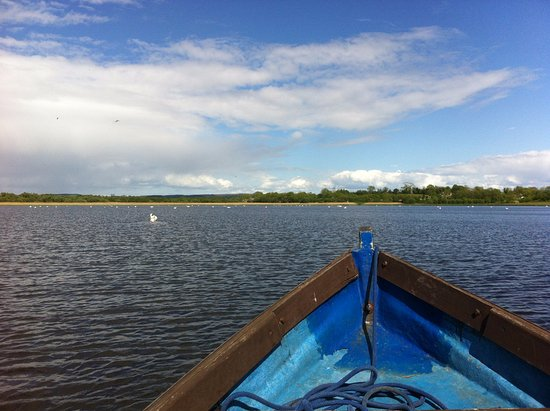 Fermanagh Lodges: The lakes are so stunning with much to see