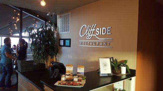 Interior - Cliffside Restaurant Photo