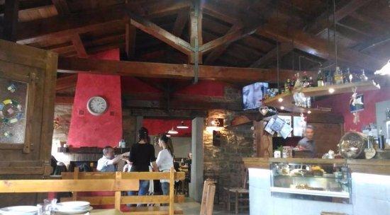 Apecchio, Italy: Interno del ristorante