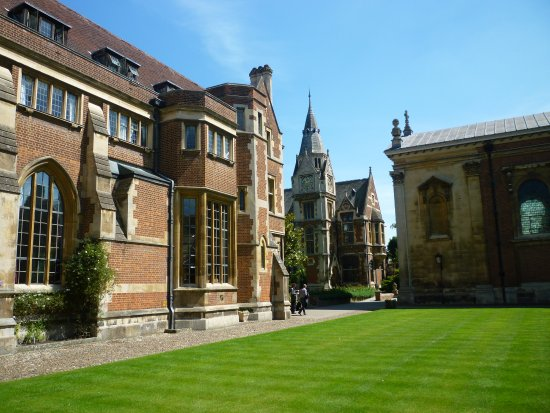 Pembroke College: General view of the college