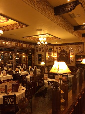 déco de spaghetti originale a l entée du restaurant - Picture of La ...