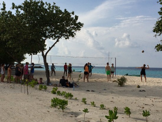 Veli Retreat: Beach Volley