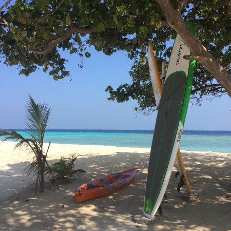 Velidhoo: Kayak and SUP board