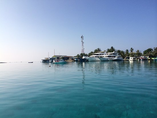 Velidhoo Island Front View