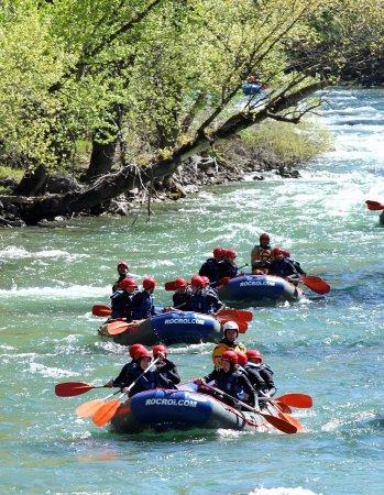 RocRoi: Rafting en el Pirineo: ¡descubre la fuerza del Noguera Pallaresa!