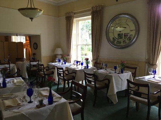 Pen-y-Dyffryn Country Hotel: Excellent dining!