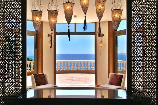 Hotel Tiara Yaktsa Cote d'Azur Photo
