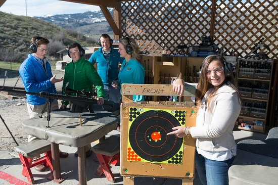‪‪Jackson Hole‬, ‪Wyoming‬: what to do in Jackson Hole?  Shooting targets!‬