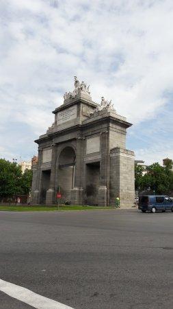 Puerta de toledo madrid pan lsko recenze tripadvisor for Shoko puerta de toledo