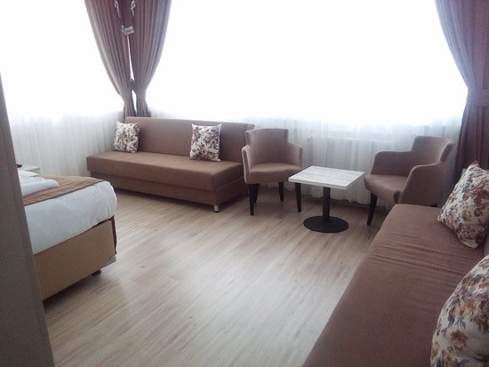 The Golden Pera's Hotel