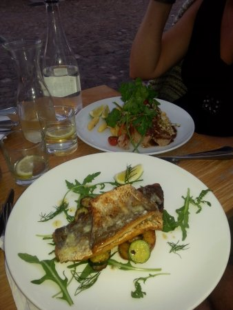 Fisherman's Cottage: To be honest I can't honestly remember what the fish was but boy was it delicious