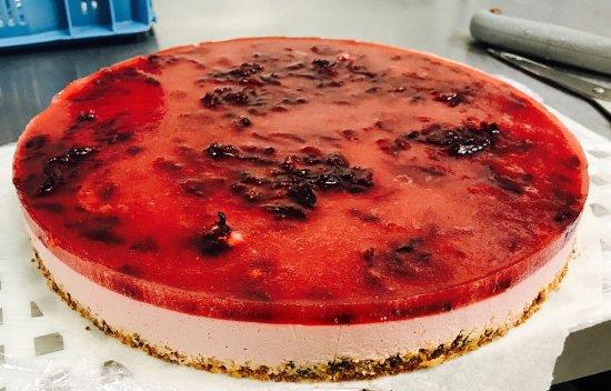 Brasserie Au P'tit Bonheur: Cheescake fraises/hibiscus