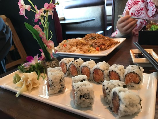 Fume Asian Grill & Sushi: photo1.jpg