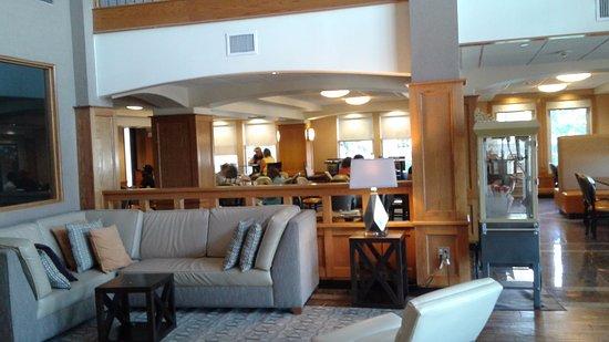 Drury Inn & Suites Lafayette: Drury Inn