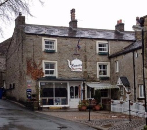 Kettlewell, UK: Outside the front at Zarina's