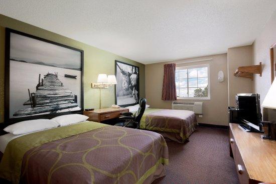 Pulaski, NY: Standard 2 Double Beds