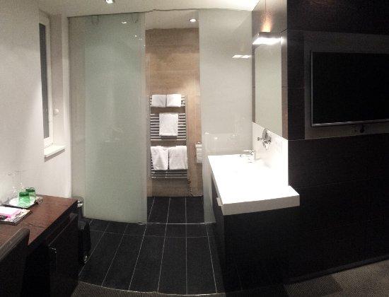 Schön Hotel Prielmayrhof: Badezimmer Nische Mit Getrenntem WC+Dusche