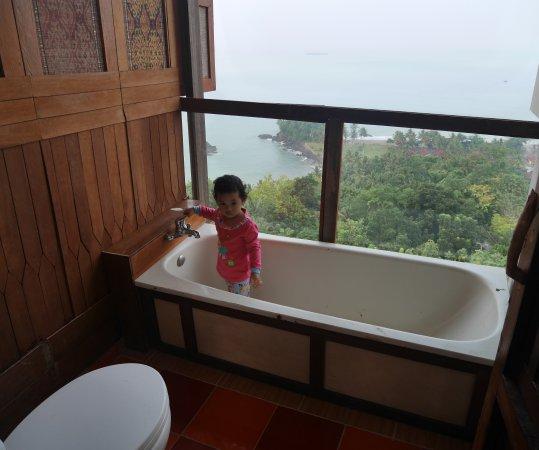 Karang Aji Beach Villa (Cisolok, Indonesia)