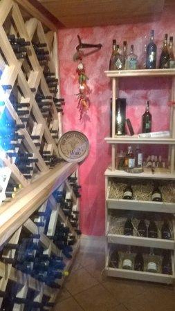 Jesenik, Çek Cumhuriyeti: piwniczka w winami
