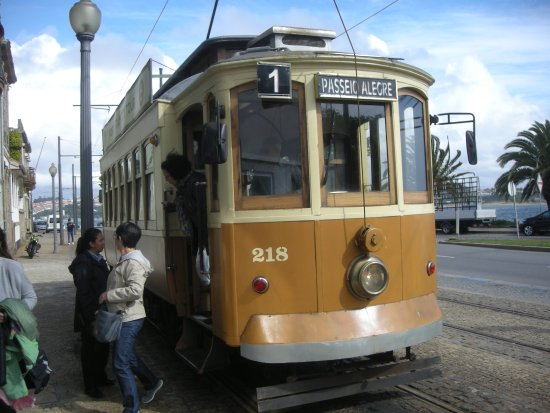 porto tram photo de porto tram city tour porto tripadvisor. Black Bedroom Furniture Sets. Home Design Ideas