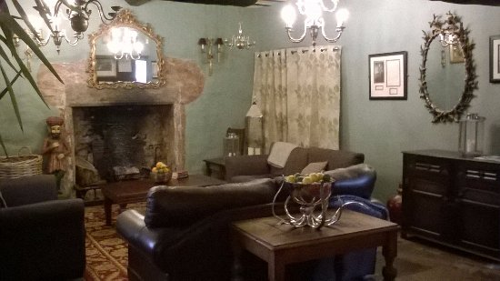 Churston Ferrers, UK: Cosy Lounge