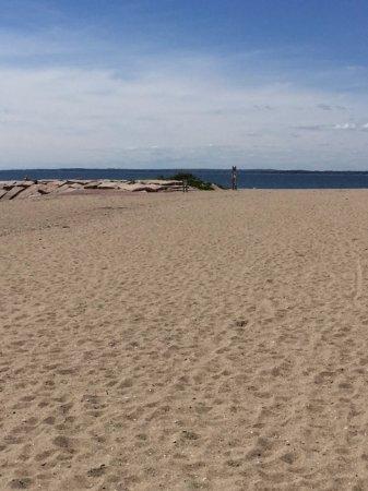 Madison, CT: Beach and jetty