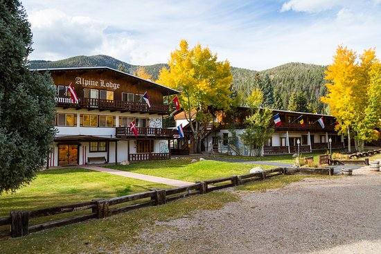Alpine Lodge & Suites: Fall at the Alpine Lodge