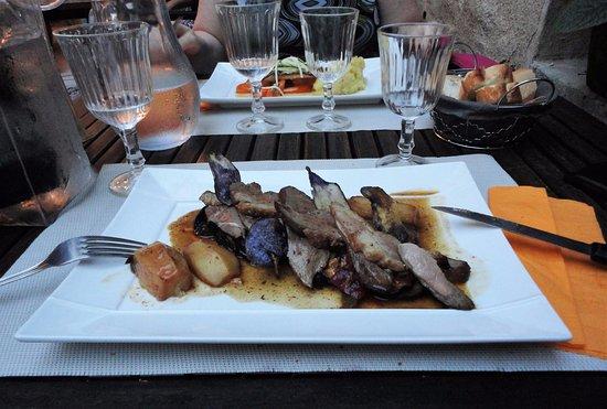 Cadenet, Frankreich: anatra arrosto