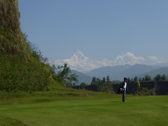 Himalayan Golf Course: How's this for a view from hole # 3 - Le vista? Simple stunning!