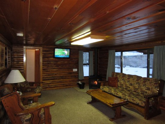 Alpine Lodge & Hotel: Log Cabin (stand alone)