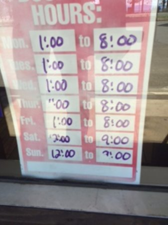 Aloha Ice Cream and Dessert Spa: Hours of operation