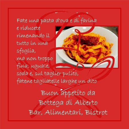 Montorgiali, Italy: I nostri piatti - Tagliatelle al ragù