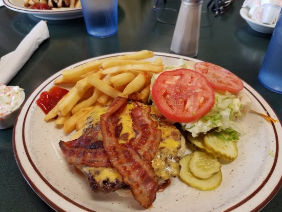 Brockport, Estado de Nueva York: Bacon burger yumm