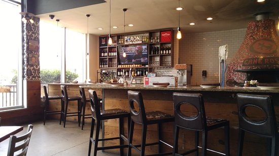 Fairview, TX: bar and wood-burning oven