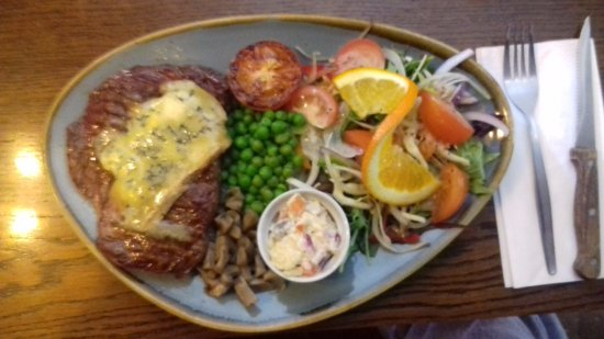 Tideswell, UK: stilton ribeye