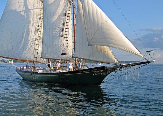 Schooner Thomas E. Lannon:  Under Sail in Gloucester