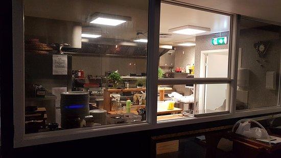 Honefoss, Noruega: Kjøkkenet (europeisk og indisk mat)