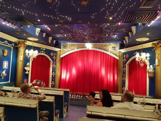 Muhlheim am Main, ألمانيا: Das Theater