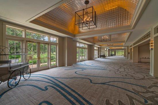 Cedar Creek, TX: Lost Pines Foyer