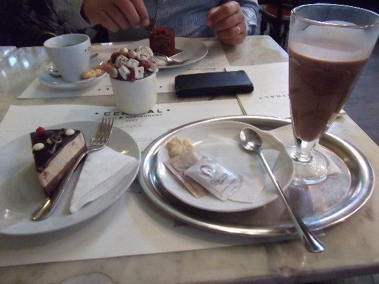 Centrál Kávéház és Étterem – fénykép