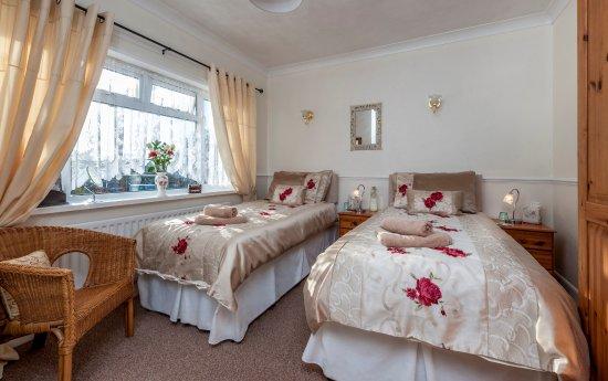 Wimborne Lodge Bed And Breakfast