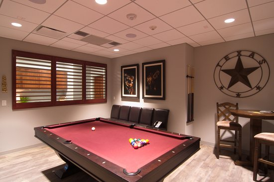 Club Crockett Cigar Lounge With Pool Table That Can Be Transformed - Pool table conference room table
